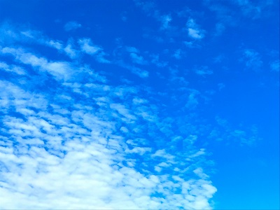 秋の雲 イメージ